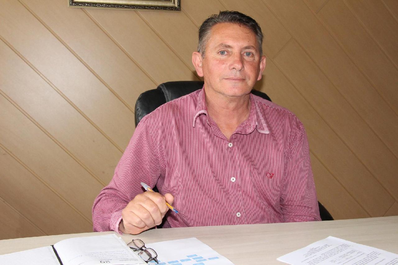 Eduardo Pires Ferreira assume cargo de prefeito até dezembro