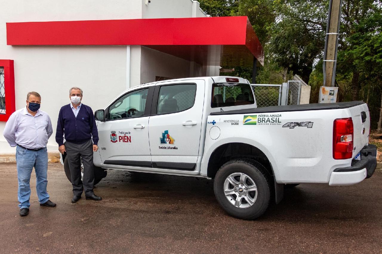 Equipe de Saúde da Família recebe novo veículo