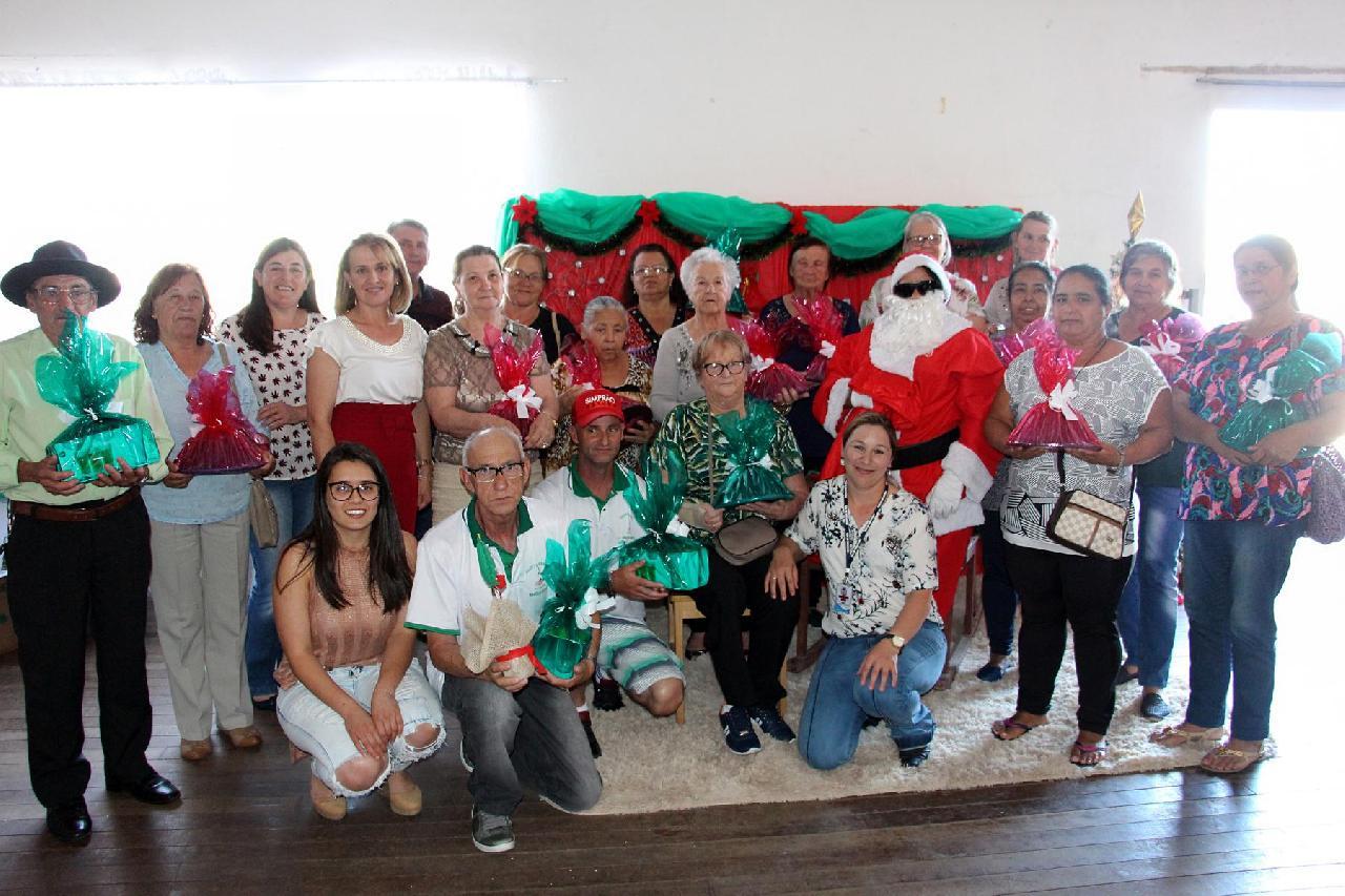 Grupos da Terceira Idade encerram atividades de 2018
