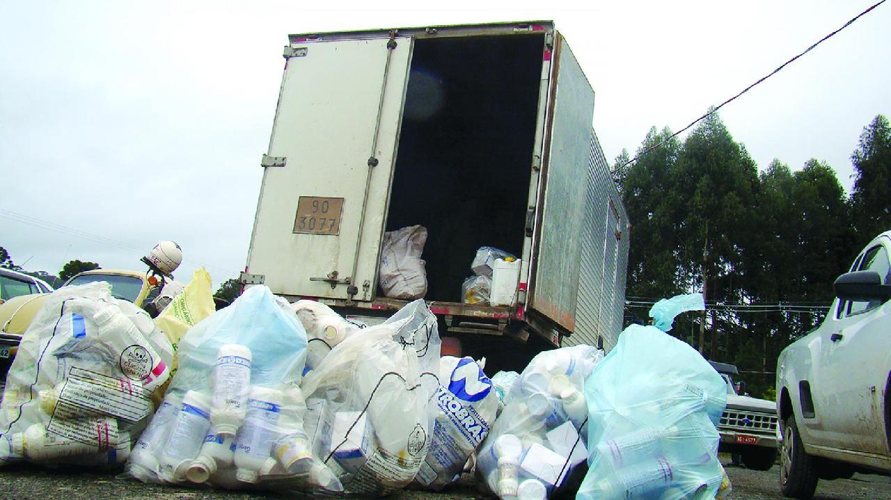 Inicia na próxima semana a campanha de coleta de embalagens de agrotóxicos em Piên