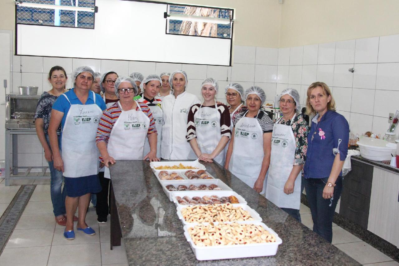 Pienenses participam de capacitação em produção artesanal de alimentos